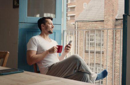 7 moduri în care poți să te relaxezi după o zi de muncă