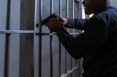 Arme de autoapărare legale în România – tu ştii care sunt şi cum le poţi cumpăra?